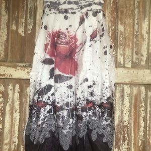 Last Rose of Summer adjustable skirt